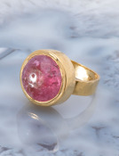 Pink Tourmaline Cabochon 22kt Gold Ring